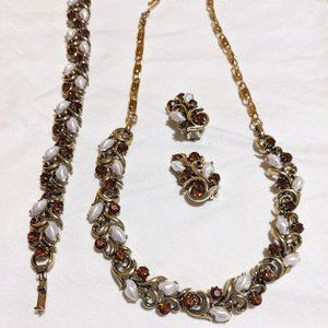 Vintage Lisner Necklace/Earrings/Bracelet Set